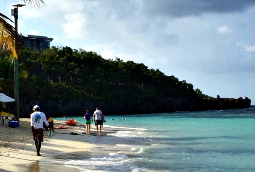 Visit Roatan Honduras and its beaches especially in the West Bay